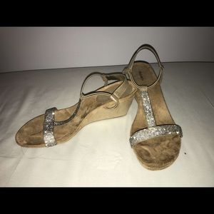 New style and co. Diamond Wedges